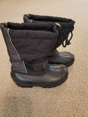 Snow boots size 3 kids for Sale in Gilbert, AZ