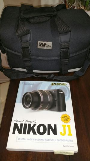 Nikon fast shoot camera light weight for Sale in Orlando, FL