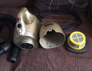 Hand Vacuum Shark brand in great condition like new and clean with attachments for Sale in Hammond, IN