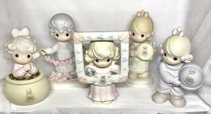 Lot of 5 precious moments with surprise extra piece of my choosing!!! for Sale in Bridgeport, TX