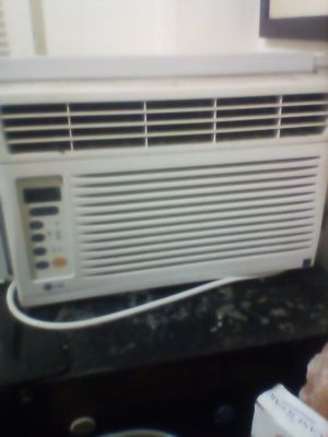 LG air conditioner for Sale in Los Angeles, CA