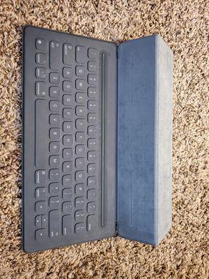 Smart keyboard iPad pro Green 1&2 ,12.9inch work well for Sale in Austin, TX