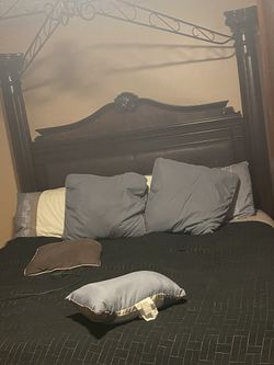 King bed for Sale in Prattville,  AL