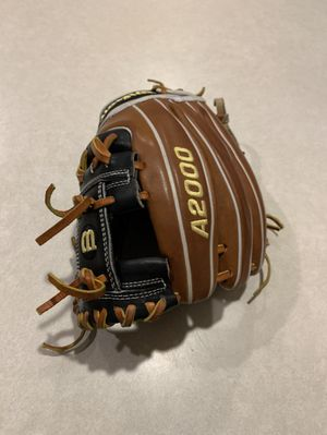 Wilson A2000 Pedroia fit baseball glove for Sale in Marysville, WA