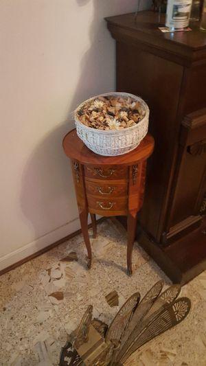 Antique corner table for Sale in Esmont, VA