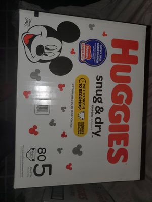 Huggies - Snug & Dry - size 5 - 80 count Diapers . for Sale in Lyons, IL