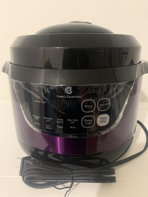 Cook's Essential Pressure Cooker for Sale in Fort Lauderdale, FL