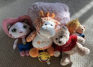 LIKE NEW Stuffed Animals Bundle for Sale in Tampa, FL