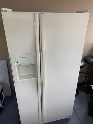 Whirlpool appliances. New (never used ) no box for Sale in West Palm Beach, FL