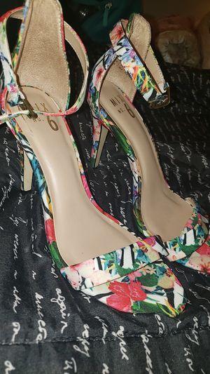 Floral heels for Sale in La Puente, CA