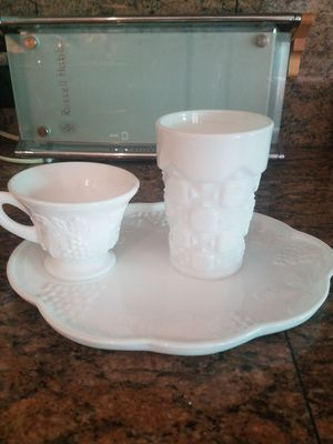 Milk glass and red hearts for Sale in Phoenix, AZ