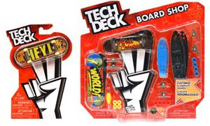 Tech deck (finger boards) Ramps set and electric boards tony hawk limited edition for Sale in Lawrenceville, GA