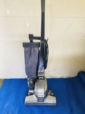 Kirby G4 Vacuum Cleaner for Sale in Tacoma, WA
