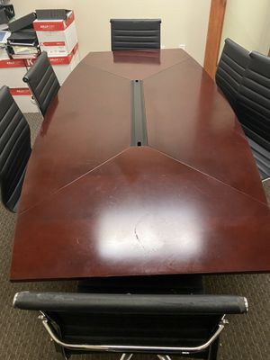 Conference room table. Seats 6 for Sale in Redlands, CA