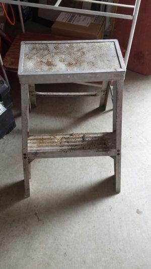 Aluminum Step Ladder for Sale in Hesperia, CA