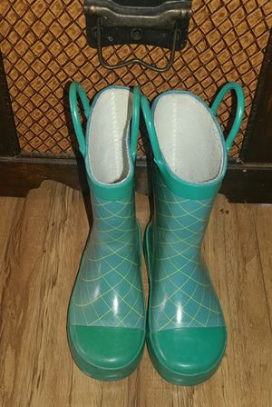 Girls Rain Boots Size 12 for Sale in Moreno Valley, CA