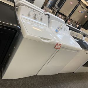 New Scratch&dent GE Top Load Washer And Dryer GAS Set 6 Months Warranty for Sale in Laurel, MD