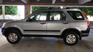 2004 HONDA CRV ONE OWNER CLEAN TITLE VERY CLEAN AND WELL MAINTAINE for Sale in LAUD BY SEA, FL