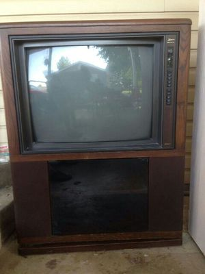 Free CRT TV for Sale in Owensville, MO