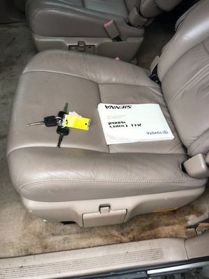 toyt minivan for Sale in Greenbelt, MD