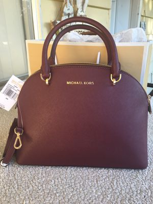 Authentic Michael kors purse 👜 for Sale in Lakewood, WA