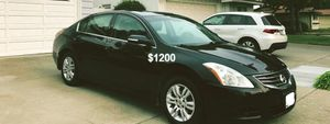 $1200 Altima SL for Sale in Cleveland, OH