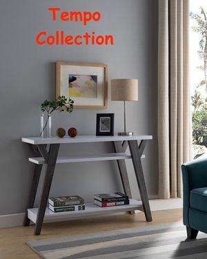 NEW IN THE BOX. CONSOLE TABLE, SKU# TC161835T for Sale in Fountain Valley, CA