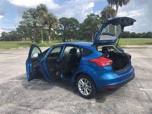 2016 Ford Focus se hatchback for Sale in Venice, FL