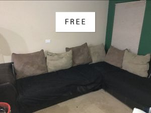 FREE Couch for Sale in Las Vegas, NV