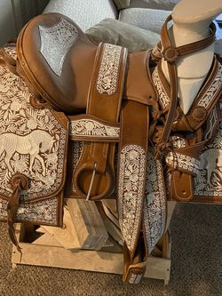 Monturas. Horse Saddle for Sale in Corona,  CA