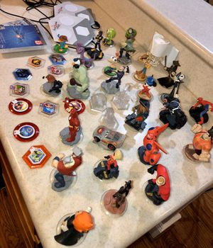 Disney Infinity for PS3 - two portals and 31 figurines for Sale in Irving, TX