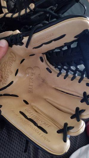 Rawlings baseball Gloves for Sale in Pleasanton, CA