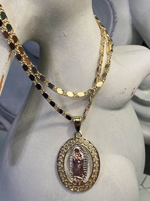 "Oval Heart Virgin Mary Pendant With Chain Necklace 22"" 3mm for Sale in Nashville, TN"