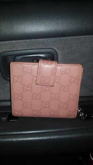 Gucci Trifold Wallet Coinpurse for Sale in Aurora, CO