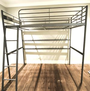Bunk bed (metal twin size). for Sale in San Pablo, CA