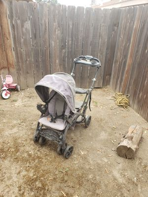 FREE!! Double stroller for 2 kids just dirty but works fine for Sale in Porterville, CA