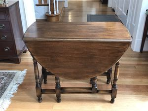 Antique William and Mary Style table $75 for Sale in Henrico, VA