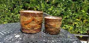 2 wicker flower pots for Sale in Miami, FL