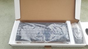 WIRELESS KEYBOARD AND MOUSE for Sale in Long Beach, CA