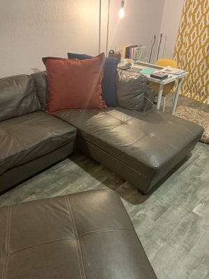 Grey sectional for Sale in Clearwater, FL