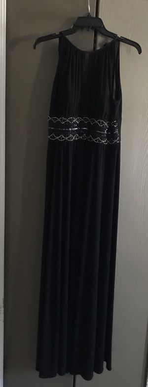 Black Dress - Size 8 - $20 for Sale in Round Lake Heights, IL