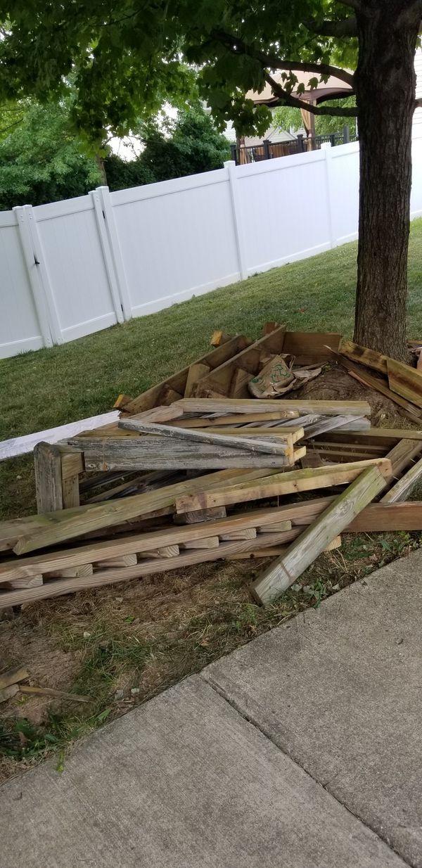 Deck Railing & Other Wood - FREE