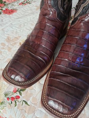 Lucchese for Sale in Liberty Hill, TX