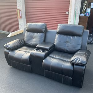 Movie Theatre style Couch for Sale in Kent, WA