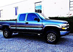 ֆ12OO 4WD Chevrolet Silverado Clean for Sale in Creston, OH