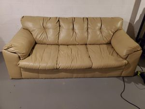 Sofa/couch for Sale in Erie, PA
