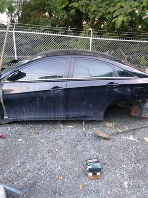 2011 hyundai sonata for parts for Sale in Perth Amboy, NJ