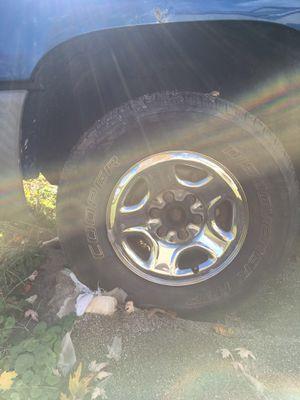 Gm wheels 6 lug for Sale in Sunbury, OH