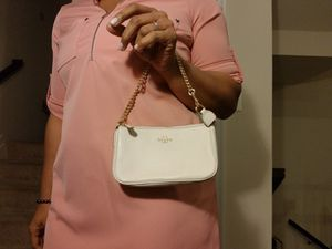 Coach F53340 Large Leather Wristlet for Sale in Severn, MD