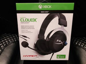 XBOX gaming headset headphones with mic. new for Sale in San Diego, CA